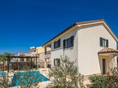 Photo for 4 bedroom Villa, sleeps 8 in Brzac with Pool, Air Con and WiFi