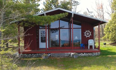 Photo for The Cottage on Lake Michigan–sand beach, wooded lot, family friendly