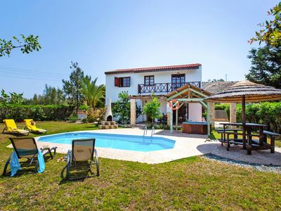 Photo for Villa, Pomos inklusive Mietwagen  in Um Paphos - 5 persons, 2 bedrooms