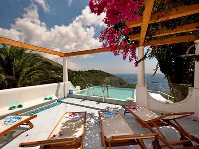 Photo for Villa Ariadne with Dazzling Sea View, Jacuzzi, Pool and Breakfast