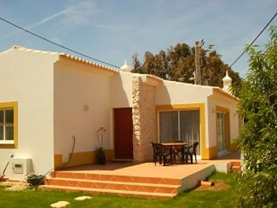 Photo for 2 bedroom house with garden and secluded BBQ area, free Internet, beaches