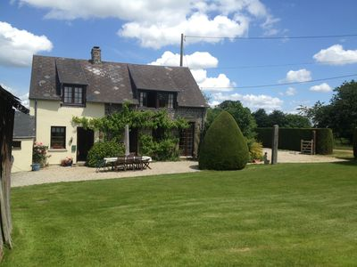 Photo for Beautiful Stone Cottage with heated swimming pool & snooker room