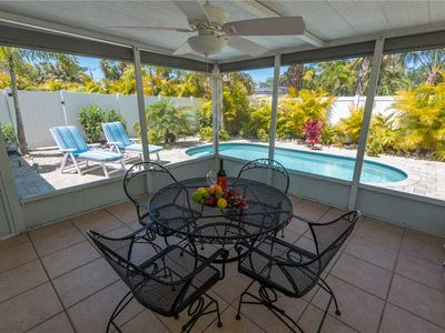 Photo for Turtle Cove: 2 BR / 2 BA house in Holmes Beach, Sleeps 4