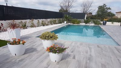 Photo for BEAUTIFUL APARTMENT NEW 45 M2 ALL EQUIPPED 4 SLEEPING - SWIMMING POOL - GARDEN