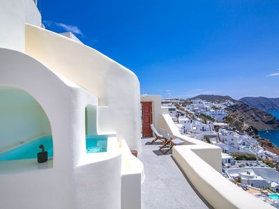 Photo for Stunning Caldera Suite to rent in Santorini (Greece) by My Rental Homes