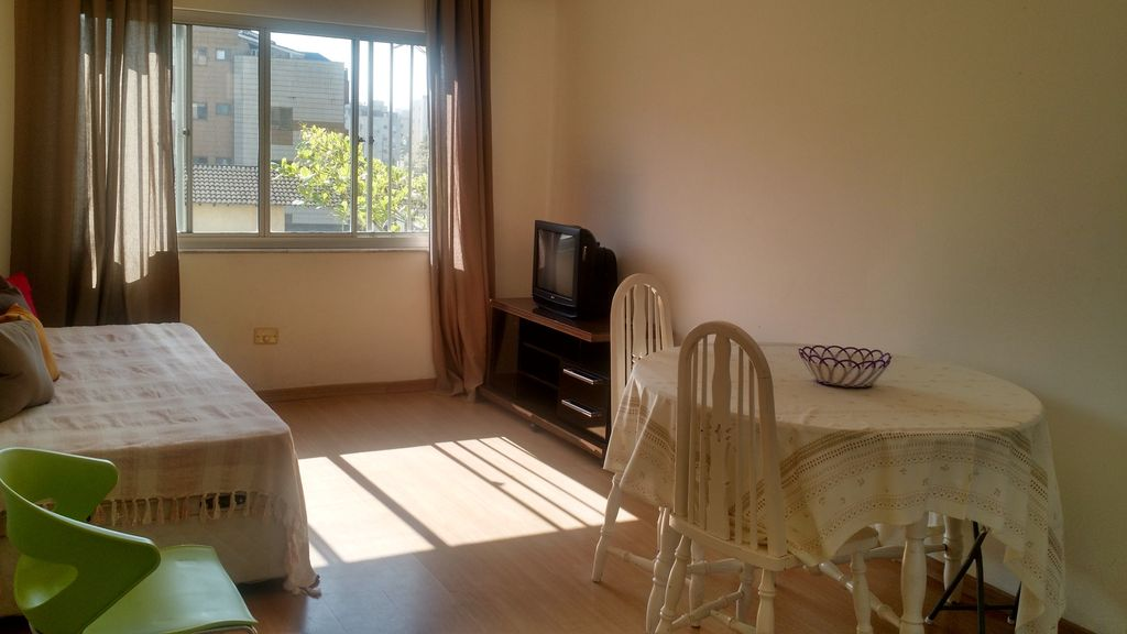 Promotion for the month of april daily homeaway vila for Bathrooms r us reviews