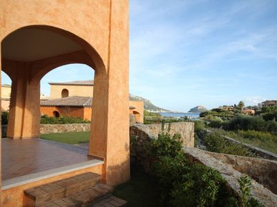 Photo for Villaggio Perlacea - seaview apartment for 6 - Three bedrooms and garden