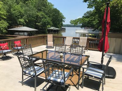 Serene spacious luxury lake front home in quiet main lake cove