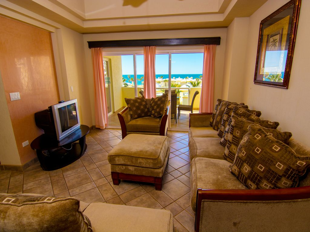 Beautiful 1 Bedroom Condo on the Sea of Cortez at Las Palmas Resort D-303B