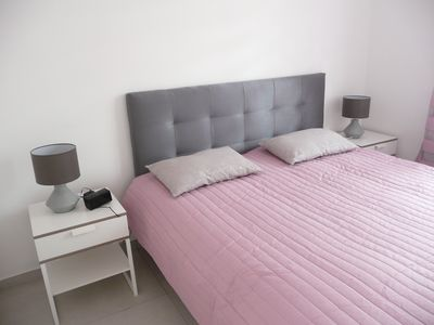 Photo for Beautiful T4, sea view, air conditioning, parking, near the center and the port of Cassis