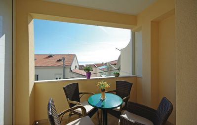Photo for Apartment 661 m from the center of Makarska with Air conditioning, Parking, Balcony, Washing machine (650644)