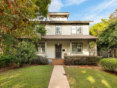 Photo for Beautiful Expansive Central Austin 5/3 Close to Everything!