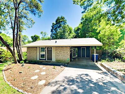 Photo for New Listing! Newly Remodeled Home w/ Patio & Fenced Yard - Near Barton Creek