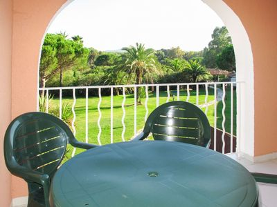 Photo for Beautiful apartment for 2 people with WIFI, pool, A/C, TV, balcony, pets allowed and parking