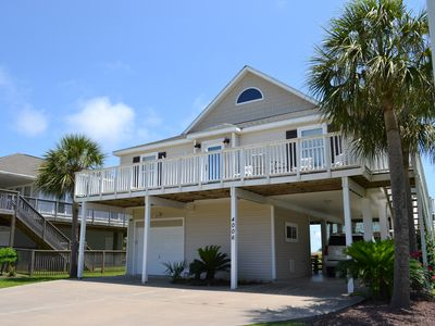 Photo for LONE STAR RALLY! Quiet home in Pirate's Beach. Walk to the sand, sleeps 8