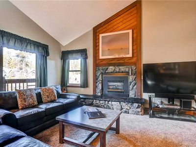 Photo for Ski-in/ski-out condo with Community Pool & Hot Tub, Vaulted Ceilings