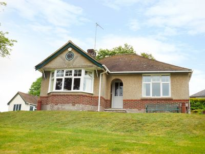 Photo for GOODREST, character holiday cottage in Verwood, Ref 956297