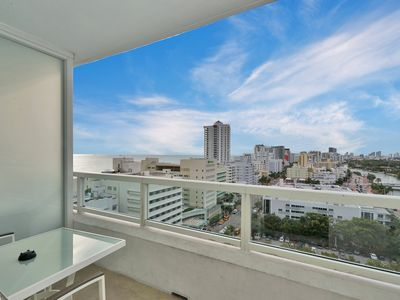 Photo for Deluxe Suite Bay and Ocean View 2BD/3BTH Fontainebleau