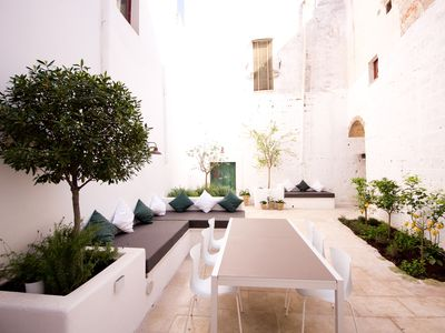 Photo for Luxury accommodation with garden sleeps 7+4  in Nardò centro storico near beach