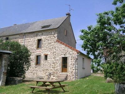 Photo for Gite Nizerolles, 3 bedrooms, 8 persons