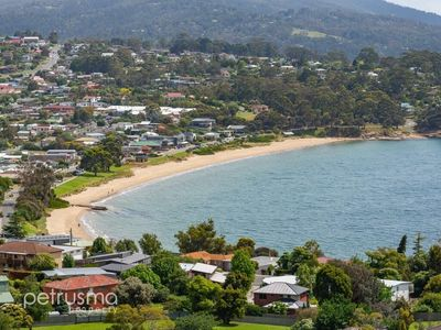 Photo for Blackmans Bay Beautiful Ocean Views