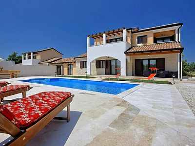 Photo for Villa with garden and pool - Villa Genia 2