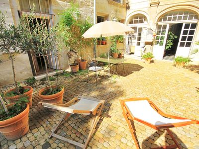 Photo for Avignon historic center / terrace / wireless / 1 bedroom