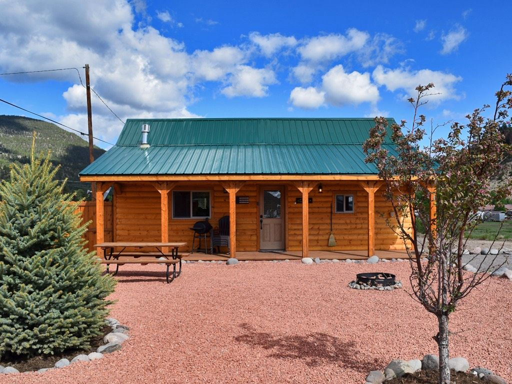 Mountain view cabin in beautiful south fork south fork for Mountain cabin rental colorado