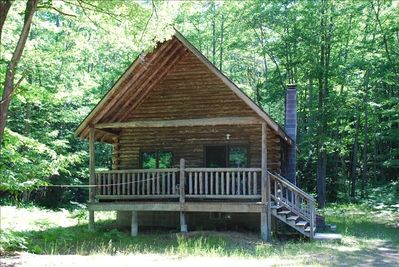 Secluded cabin on private property next to 800,000 acres of National forest!