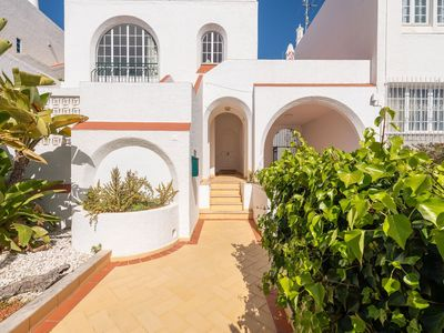 Photo for Calm place, near Albufeira beach and private pool