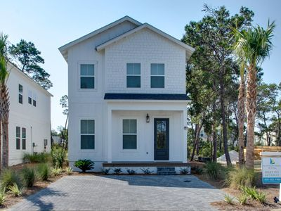Photo for Inlet Ivy Getaway Charming escape to Inlet Beach!
