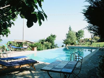 Photo for Villa Don Peppe, surrounded by greenery, between Sorrento and Positano.
