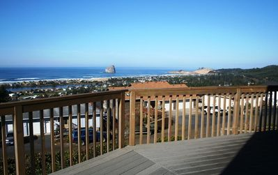 "Photo for ""Bridge View"" Amazing views from this comfortable 4 bedroom in Pacific City!"