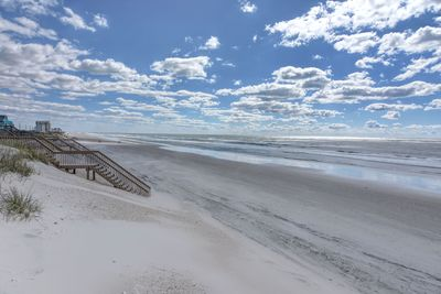 Enjoy relaxing & playing on beautiful N Topsail Beach just out the back door!