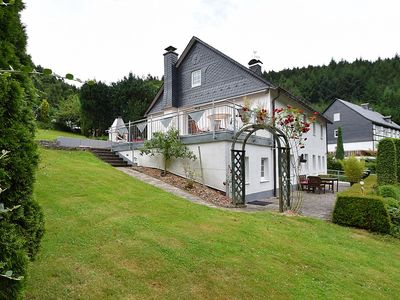 Photo for Detached holiday home with open fireplace and large garden with terrace