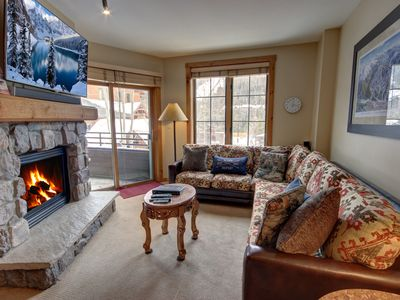 Photo for Walk to Slopes  Dakota Lodge 8474 Pool View, private grill, shared pool/hot tub by SummitCove