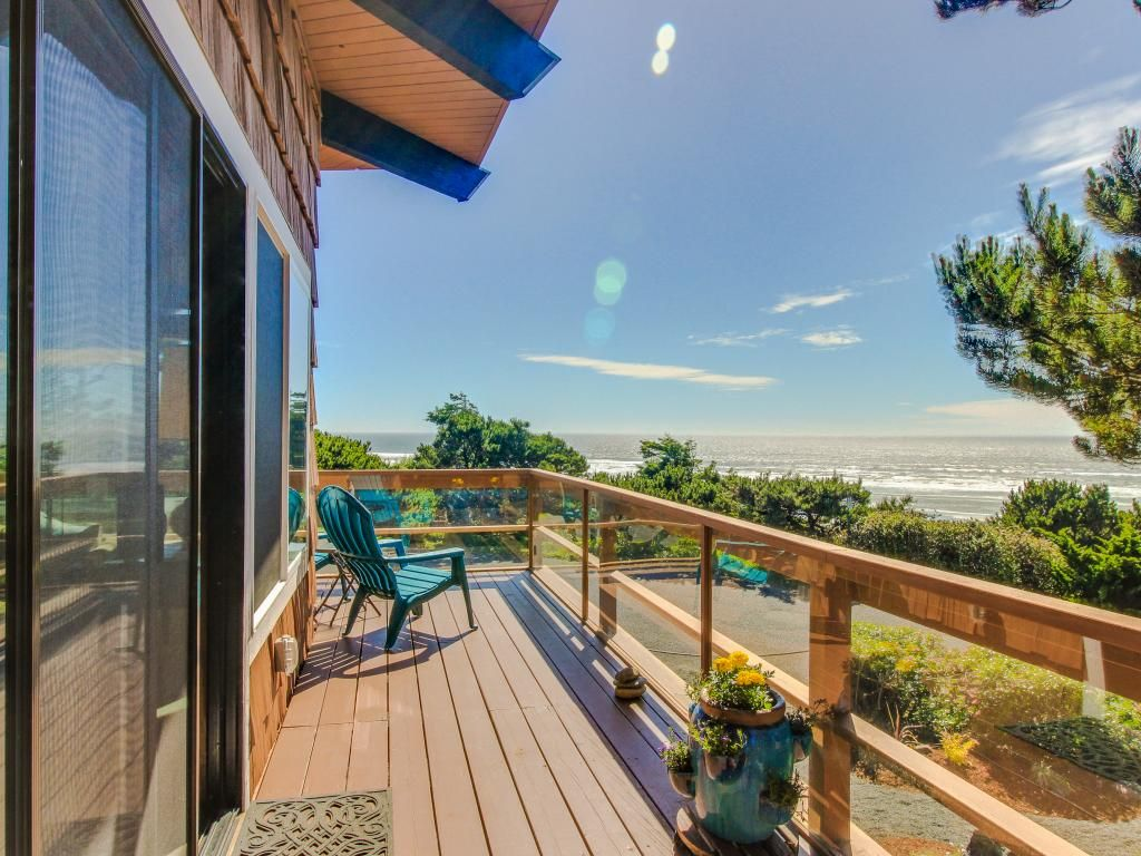 Sunny Home W Ocean View Private Hot Tub Amp Beach Access