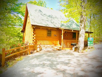 Photo for Beautiful & Romantic Log Cabin in the woods between Gatlinburg & Pigeon Forge