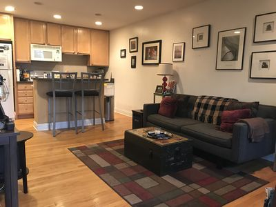 Photo for 1BR Condo Vacation Rental in Chicago, Illinois