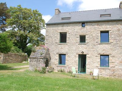 Photo for Charming house, sleeps 6-8, 10 minutes from La Trinité sur Mer or Carnac