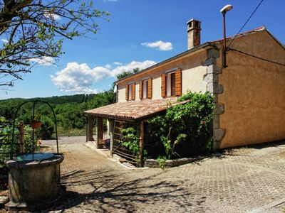 Photo for Peaceful decorated Istrian house with pool, wifi, airco, parking, panoramic view