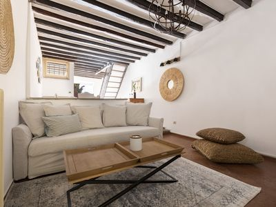 Photo for Charming 3BR in San Pietro / Vaticano by Sonder