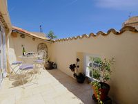 Lovely roof terrace in the heart of Languedoc village