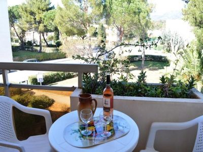 Photo for Apartment Bormes-les-Mimosas, 1 room, 3 persons