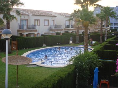 Photo for Beautiful Villa-Townhouse 6 pax, urbanization with private pool close to the beach