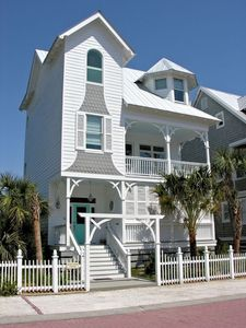 Photo for Annie Laurie Cottage on St. Simons--style and fun in retro