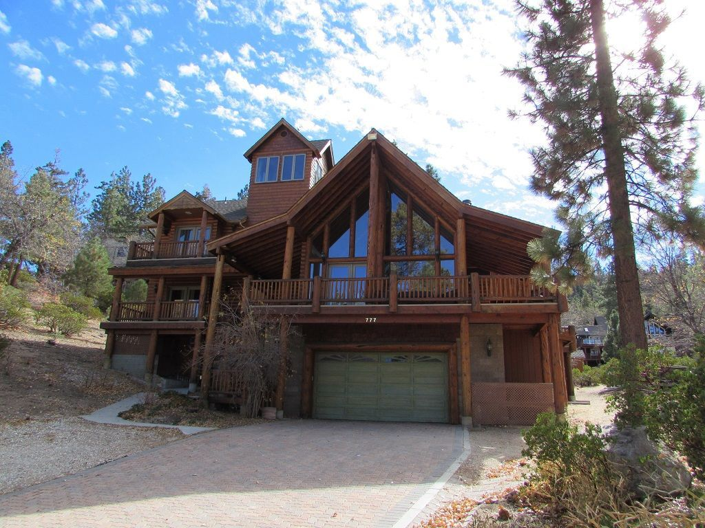 big cabins rentals cabin hotels vacation by critic art best family families lake owner for bear