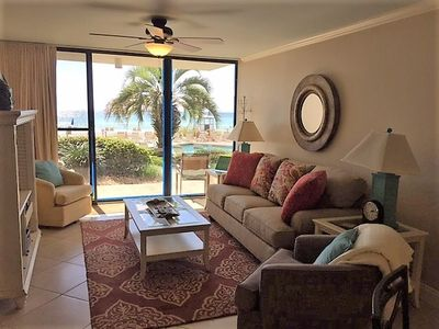 Photo for Amazing Condo w/ Gulf Front Patio, Pool and Beach Access!