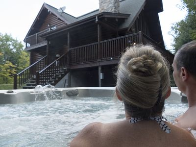 Photo for Dream vacation in log cabin at Lake Mont Tremblant, Canada