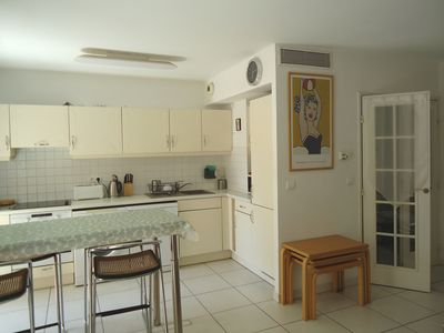 Photo for Albert 1er sunny 1 bed apartment close to the beach and Old Town
